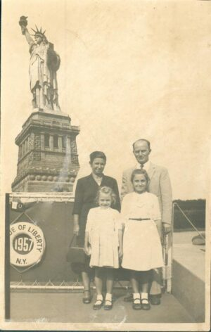 Early Years Statue of Liberty